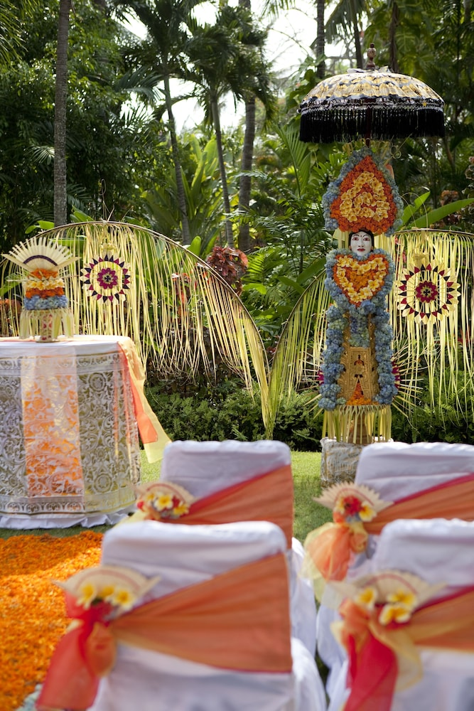 Outdoor Wedding Area, The Royal Beach Seminyak Bali - MGallery Collection