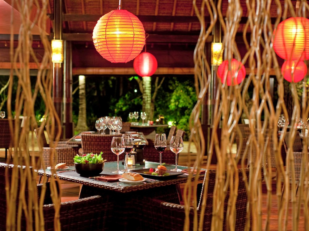 Restaurant, The Royal Beach Seminyak Bali - MGallery Collection