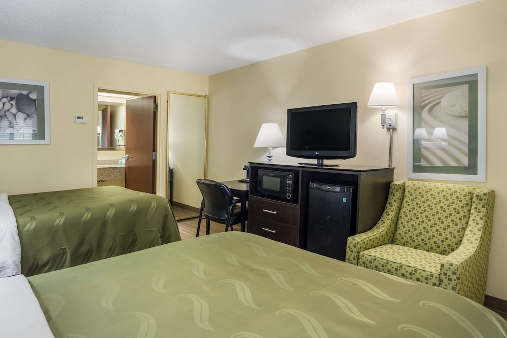 Room, Quality Inn at Albany Mall