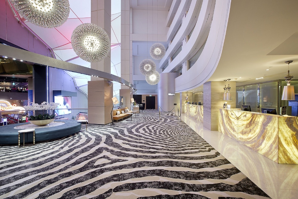 Jupiters casino accommodation deals wausau wi casino