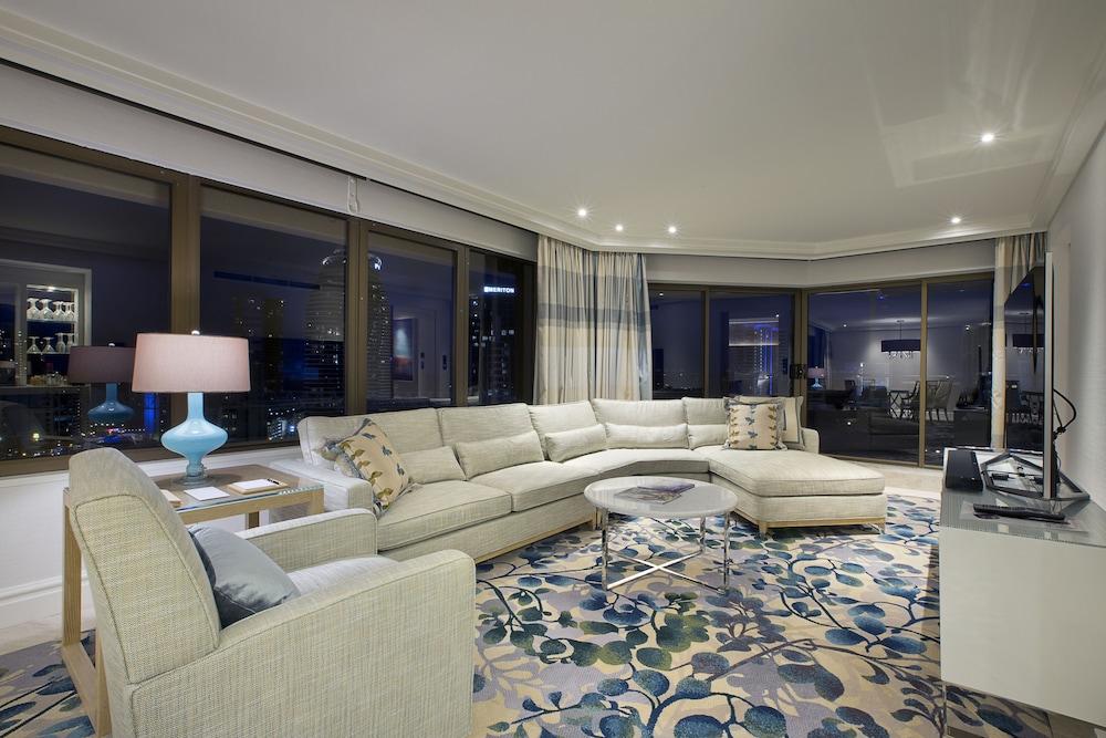 Hotels to stay near jupiters casino gold coast