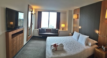 Junior Suite, Tower - Guestroom