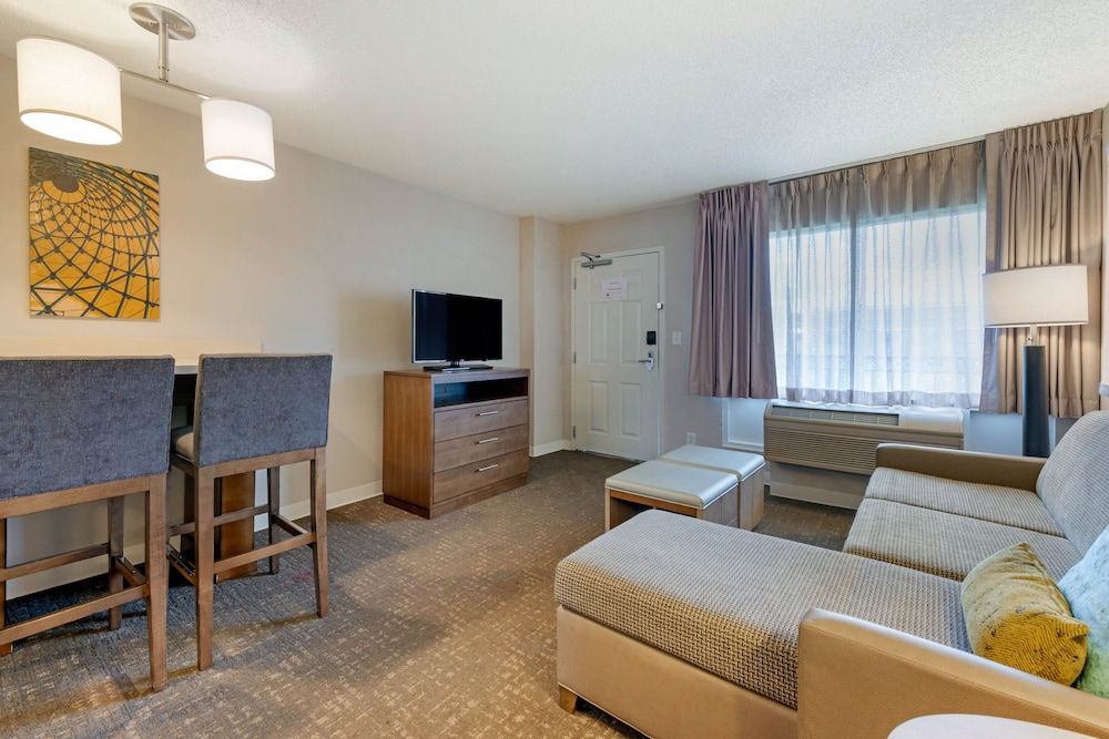 Room, Staybridge Suites Orlando Royale Parc Suites
