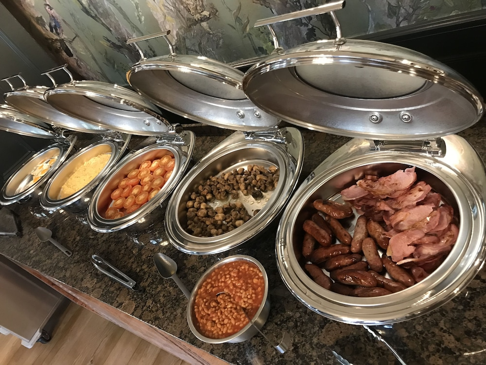 Breakfast buffet, Forest Park Hotel