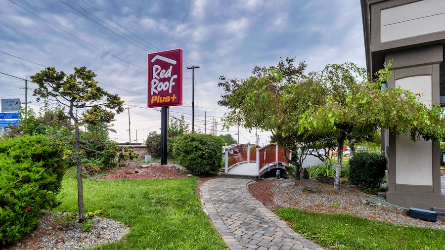 Red Roof Inn Woodbridge - Linden/ Carteret