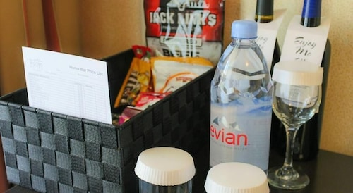 Minibar, The Majestic Hotel