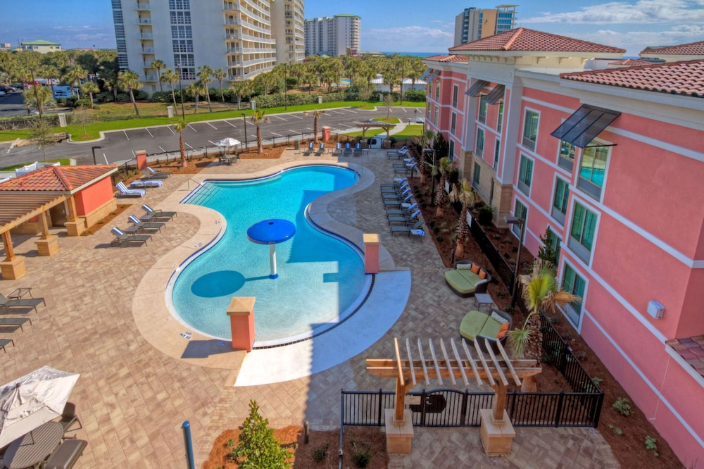 Pool, Hampton Inn & Suites Destin