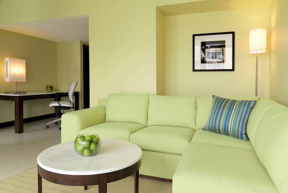 Living Area, The Condado Plaza Hilton
