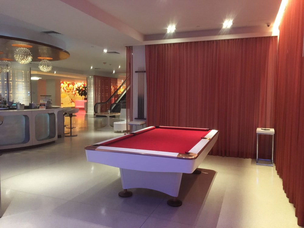 Billiards, The Condado Plaza Hilton