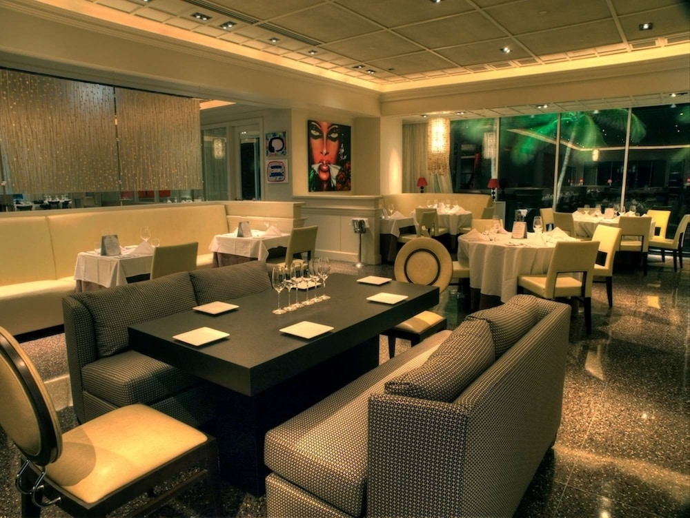 Restaurant, The Condado Plaza Hilton