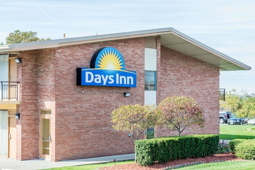 Great Place to stay Days Inn by Wyndham Niles near Niles