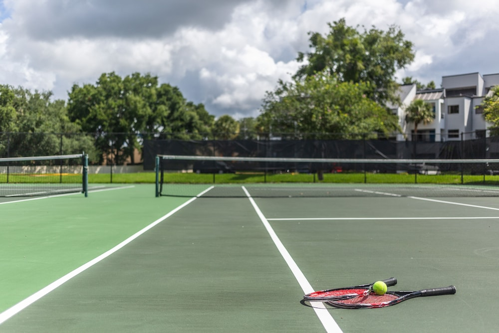 Tennis Court, Orbit One Vacation Villas by Diamond Resorts