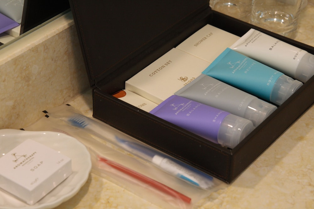 Bathroom Amenities, Sejong Hotel