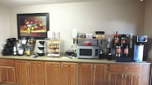 Free daily continental breakfast