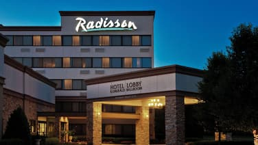 Radisson Hotel Freehold