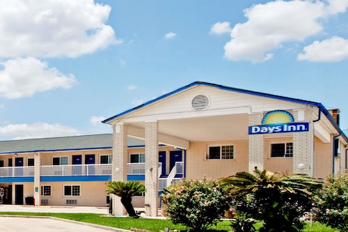 Check Expedia for Availability of Days Inn by Wyndham Baytown TX