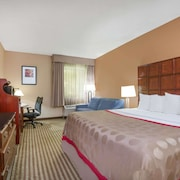 Ramada by Wyndham Columbus Polaris