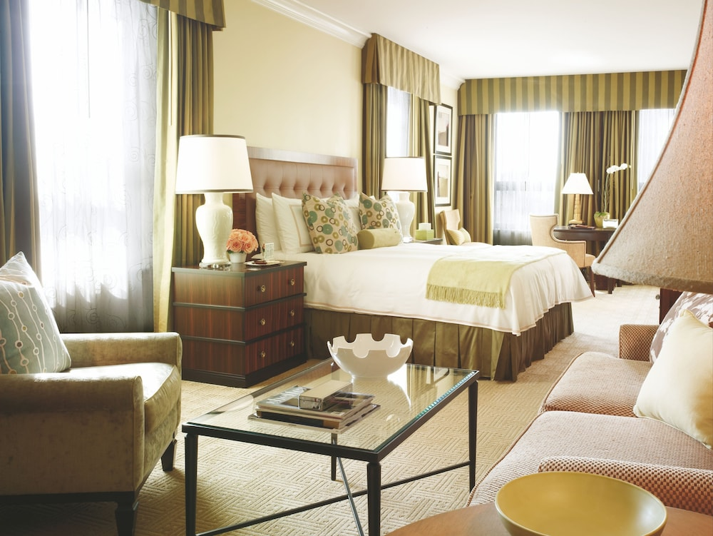 Room, Beverly Wilshire - Beverly Hills, A Four Seasons Hotel