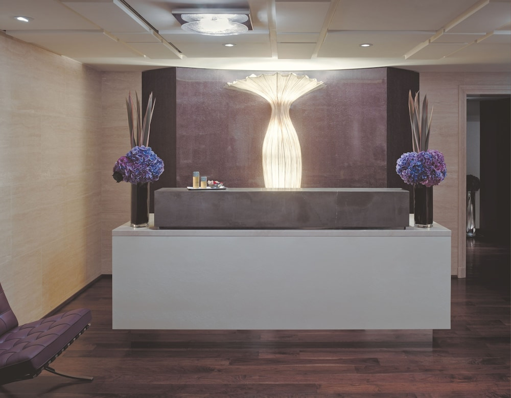 Spa Reception, Beverly Wilshire - Beverly Hills, A Four Seasons Hotel