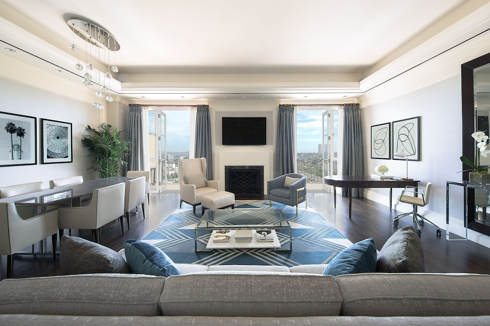 Living Room, Beverly Wilshire - Beverly Hills, A Four Seasons Hotel