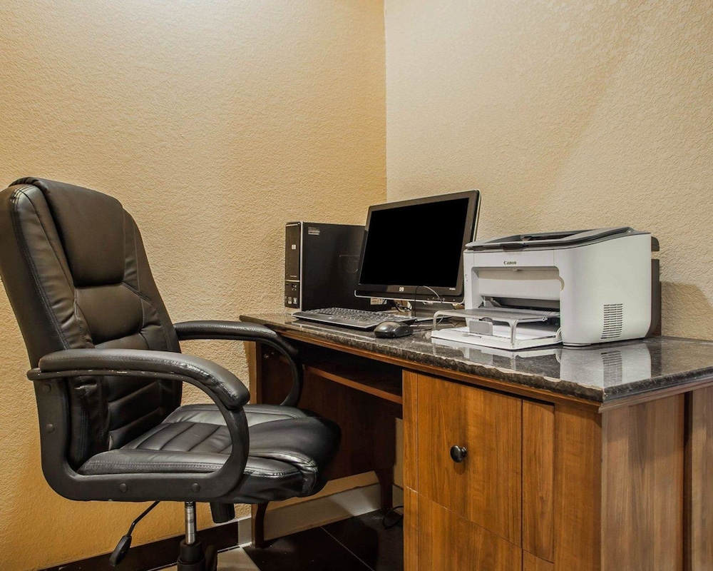 Business Center, Quality Inn Fort Dodge