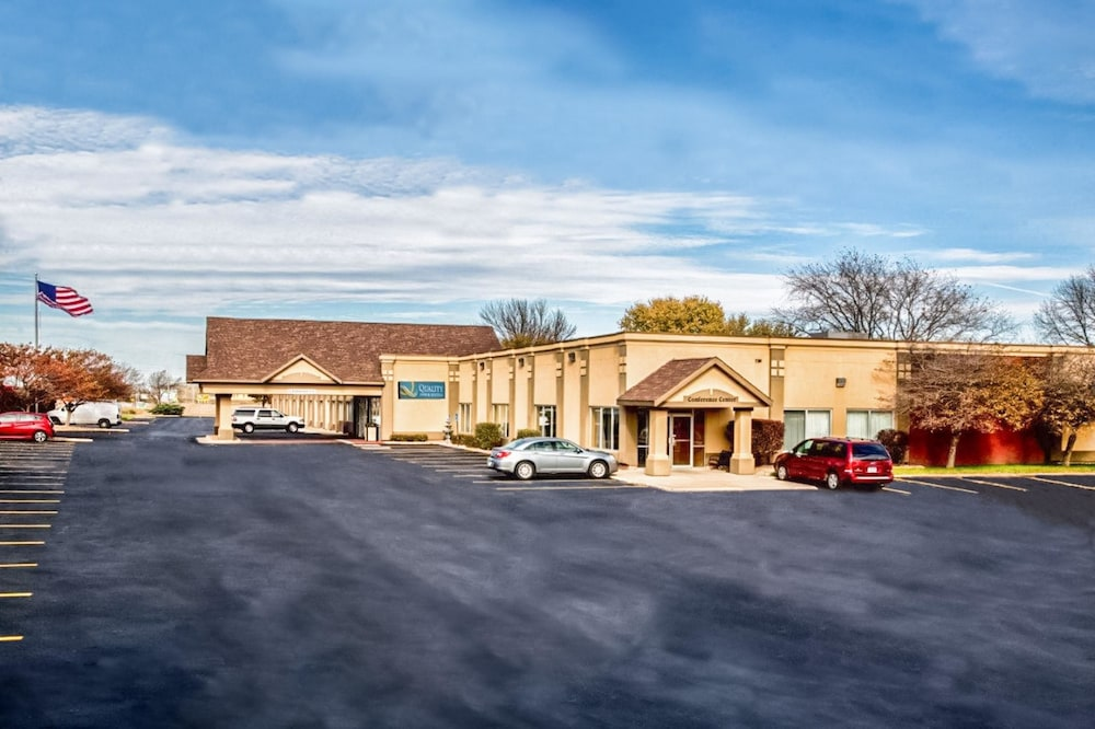 Exterior, Quality Inn Fort Dodge