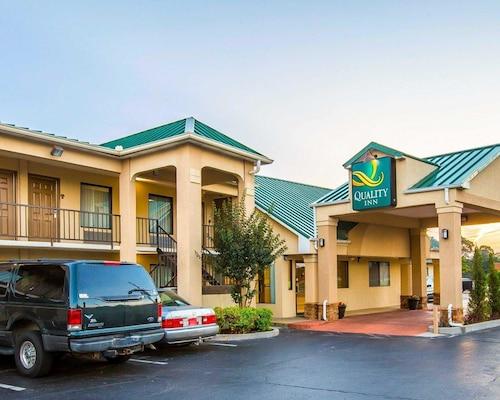 Check Expedia for Availability of Quality Inn Dahlonega Near University
