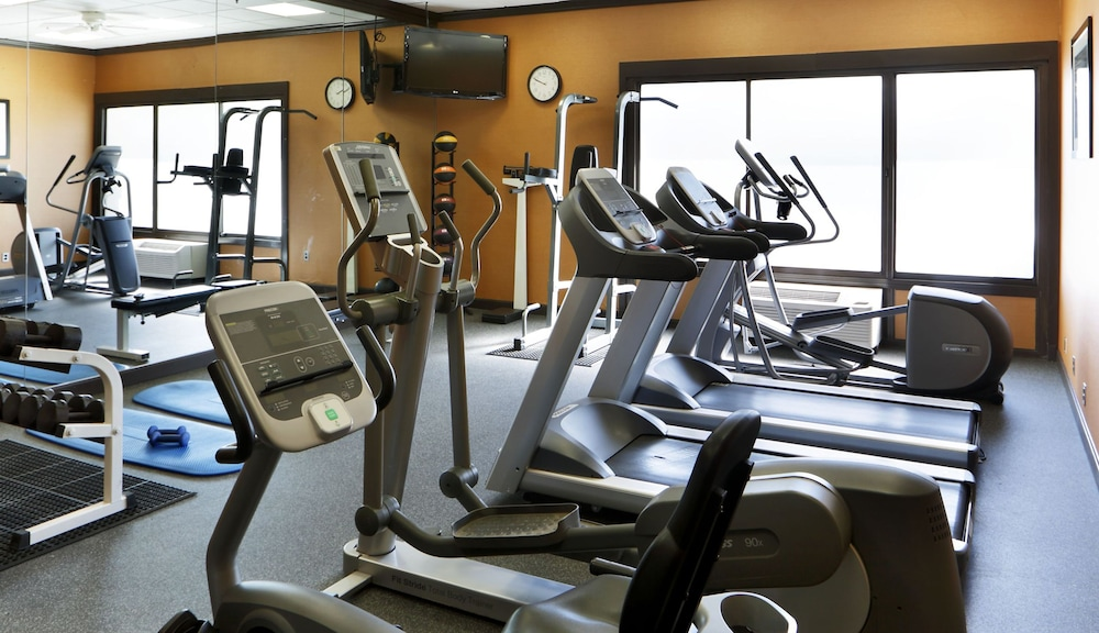 Fitness Facility, Holiday Inn Boston Bunker Hill Area