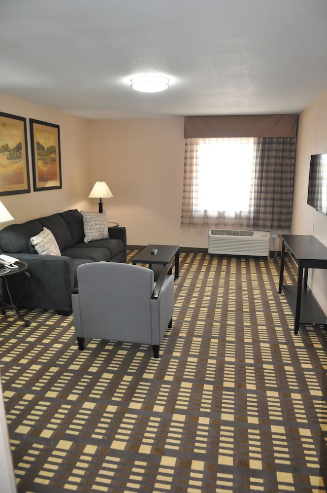 Living Room, Quality Inn & Suites Plano East - Richardson