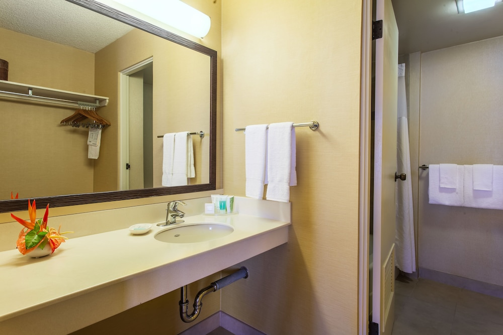Castle Hilo Hawaiian Hotel: 2018 Room Prices From $156, Deals U0026 Reviews |  Expedia