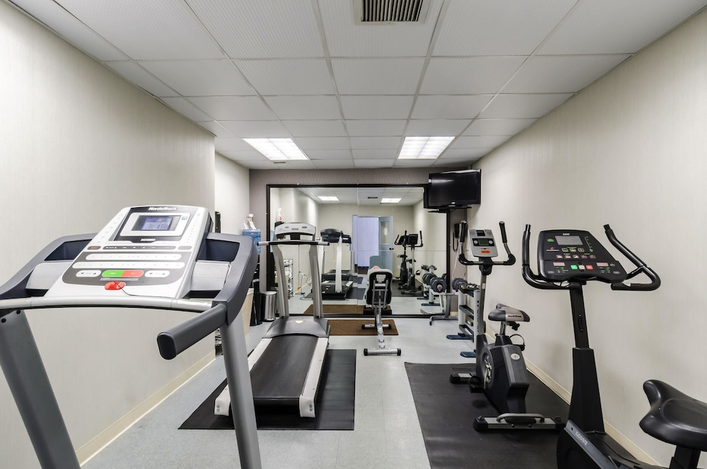 Fitness Facility, Quality Inn West Springfield