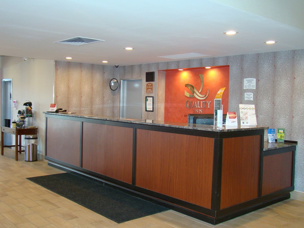 Check-in/Check-out Kiosk, Quality Inn West Springfield