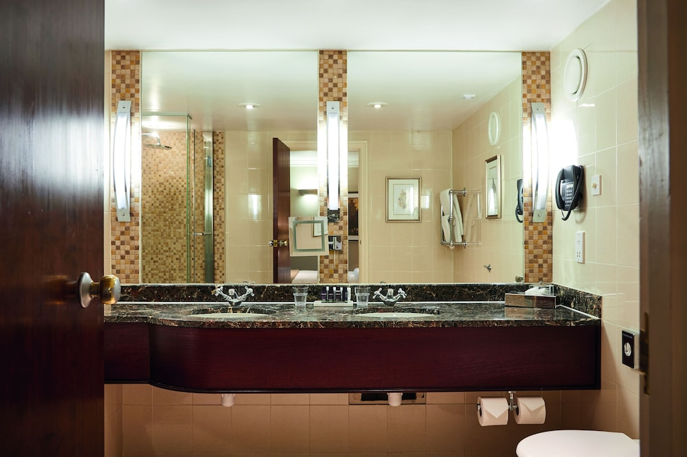 Bathroom, Aztec Hotel & Spa