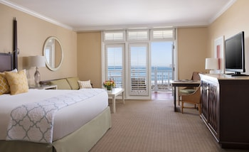 Room, 1 King Bed, Ocean View, Tower (Cabana) - Guestroom