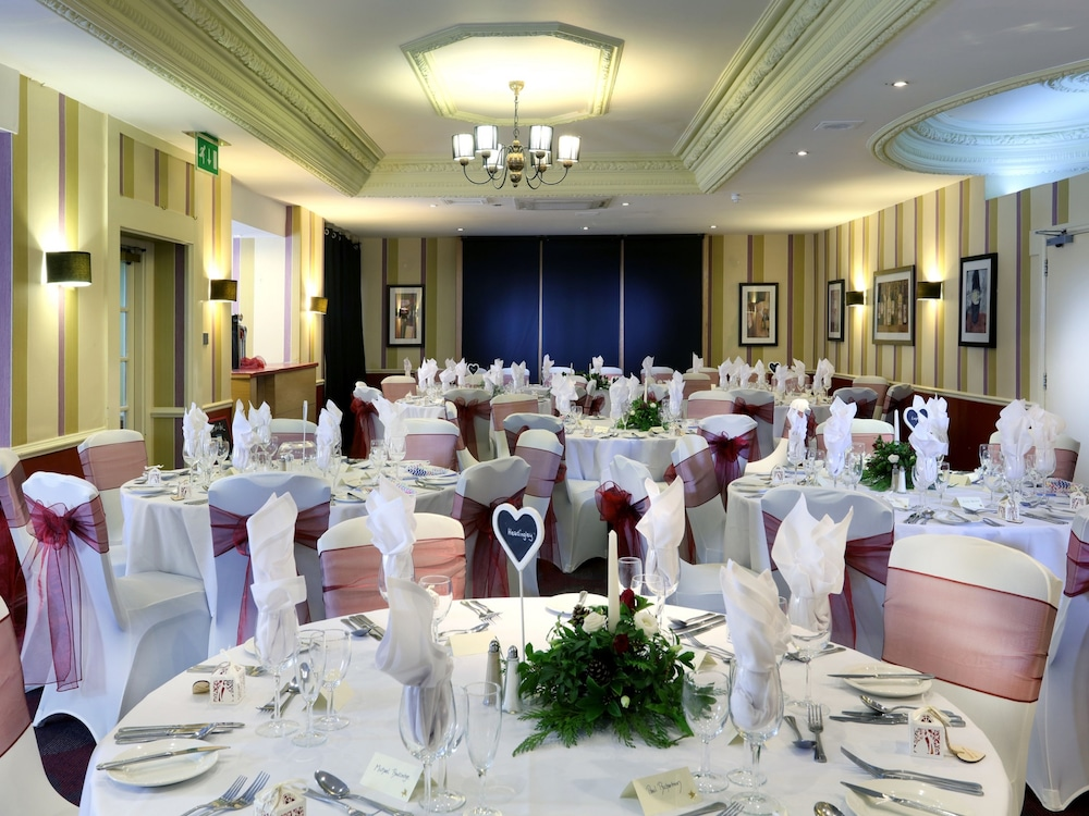 Indoor Wedding, Hallmark Hotel Carlisle