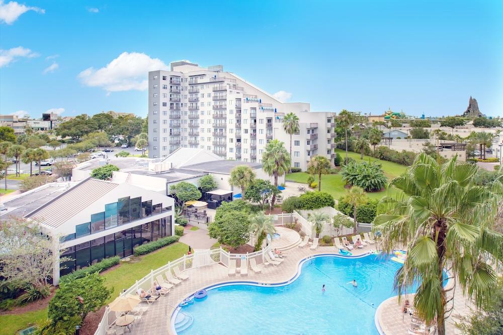 Enclave Hotel & Suites Orlando, a staySky Hotel & Resort in
