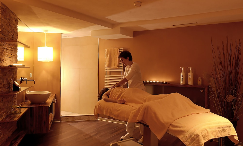 Massage, Hotel Spinne