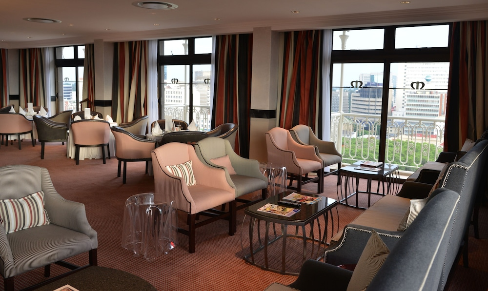 Executive Lounge, Meikles Hotel