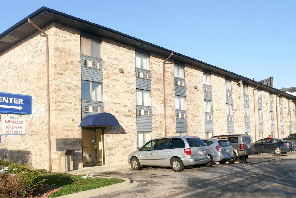 Motel 6 bridgeview in chicago hotel rates reviews on for Motels in chicago