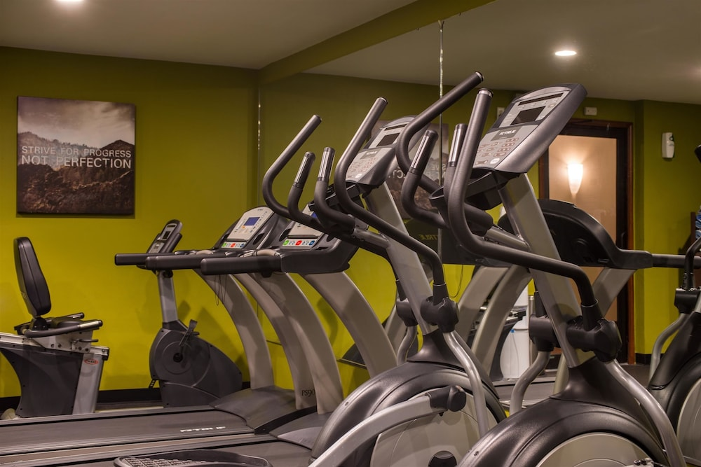 Gym, Best Western Ambassador Inn & Suites