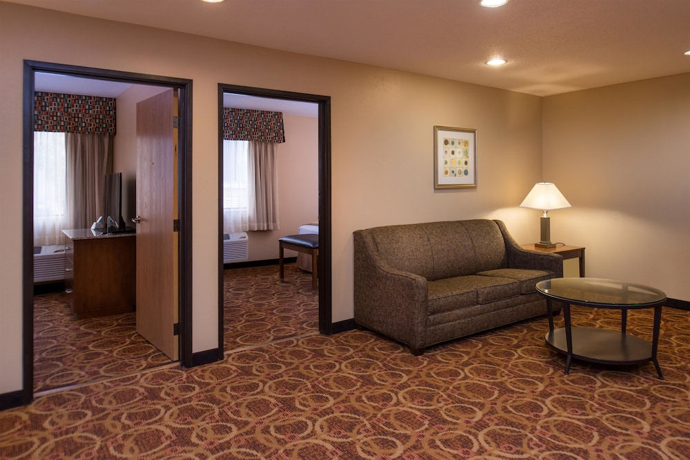 Living Area, Best Western Ambassador Inn & Suites