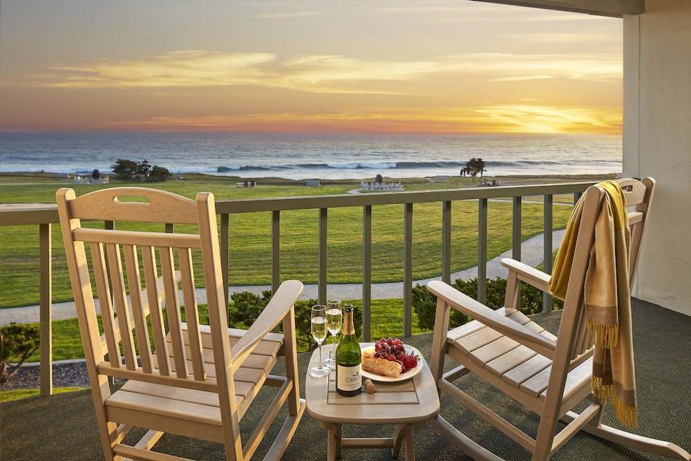 Featured Image, Cavalier Oceanfront Resort