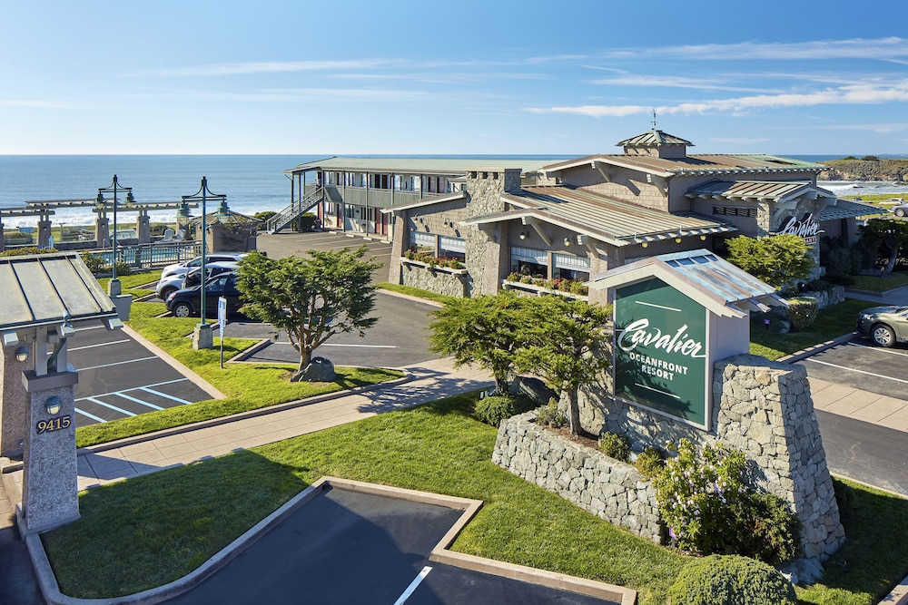 Front of Property, Cavalier Oceanfront Resort