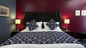 Egyptian cotton sheets, free minibar, in-room safe