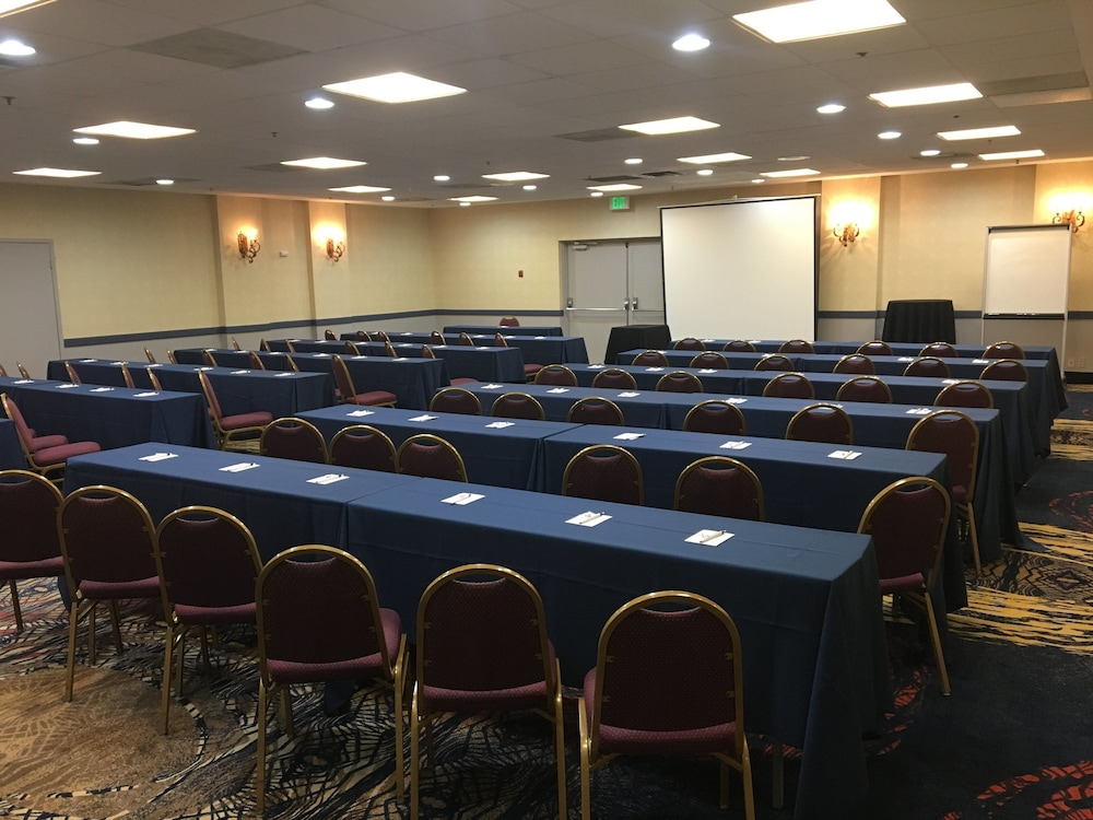 Meeting Facility, Holiday Inn Express Towson - Baltimore North, an IHG Hotel