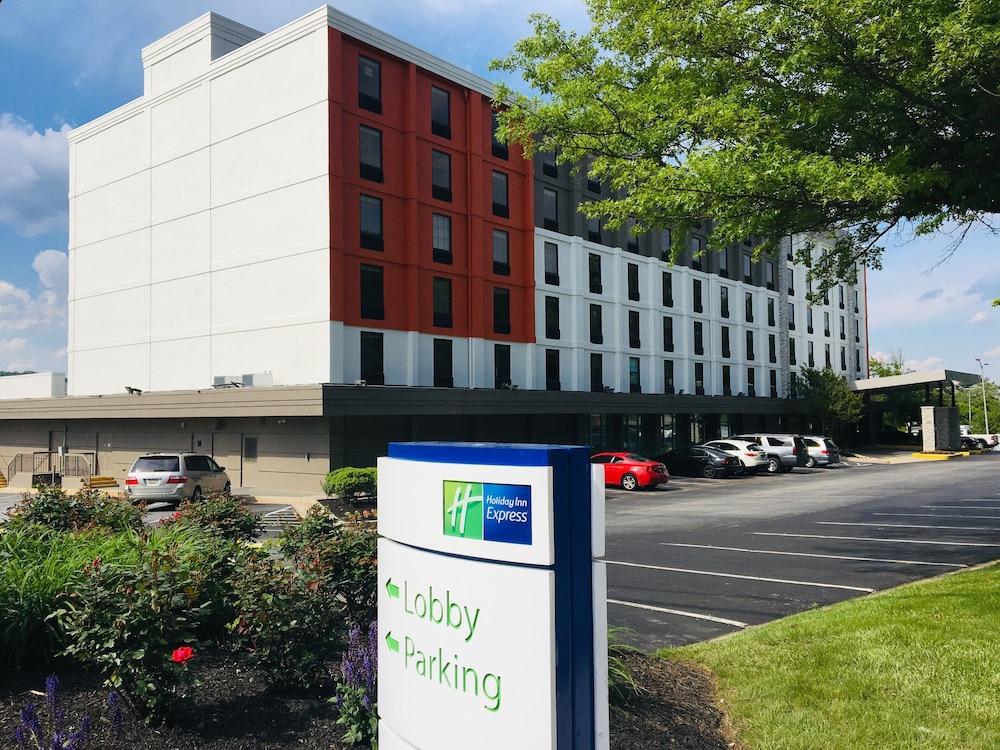 Exterior, Holiday Inn Express Towson - Baltimore North, an IHG Hotel
