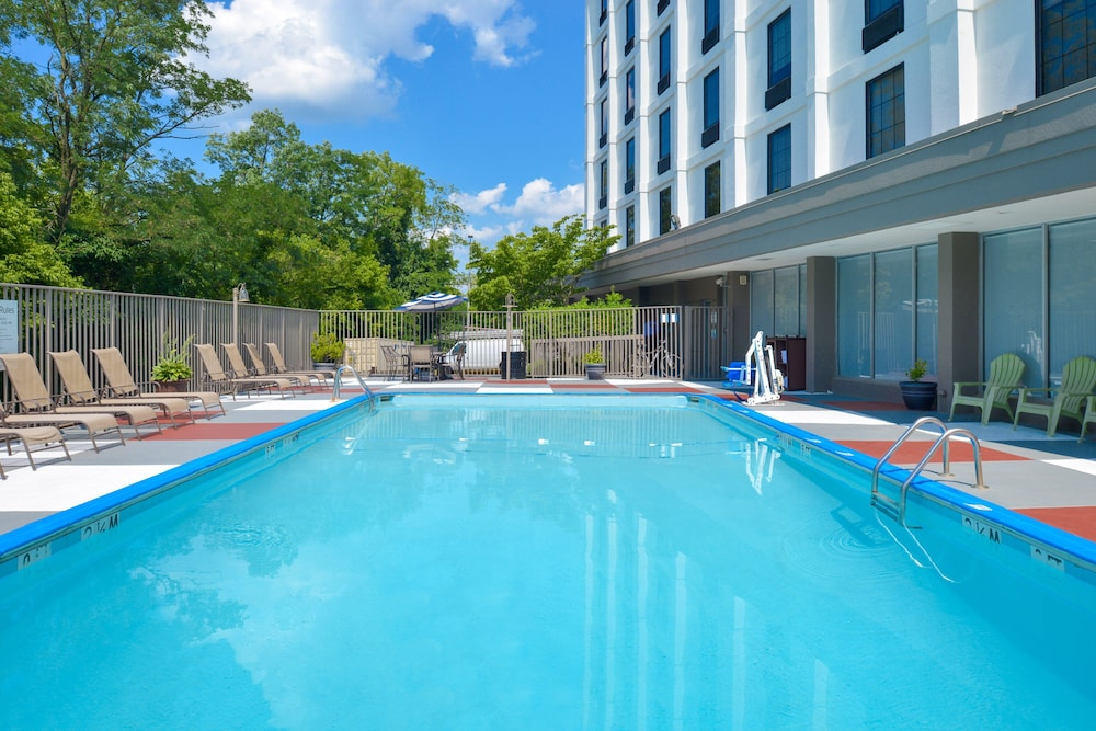 Pool, Holiday Inn Express Towson - Baltimore North, an IHG Hotel