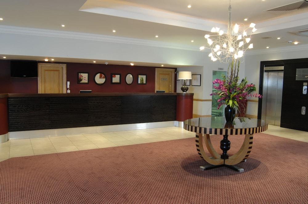 Exterior Featured Image Reception