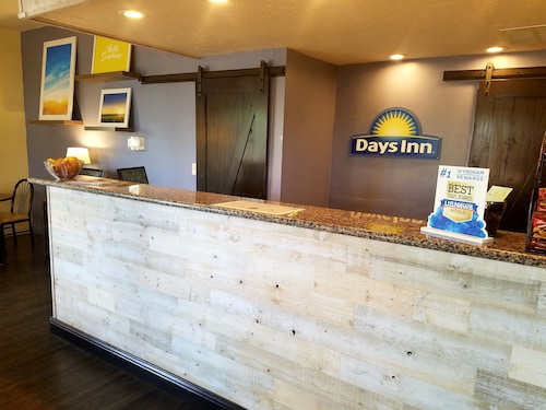 Days Inn & Suites Lodi