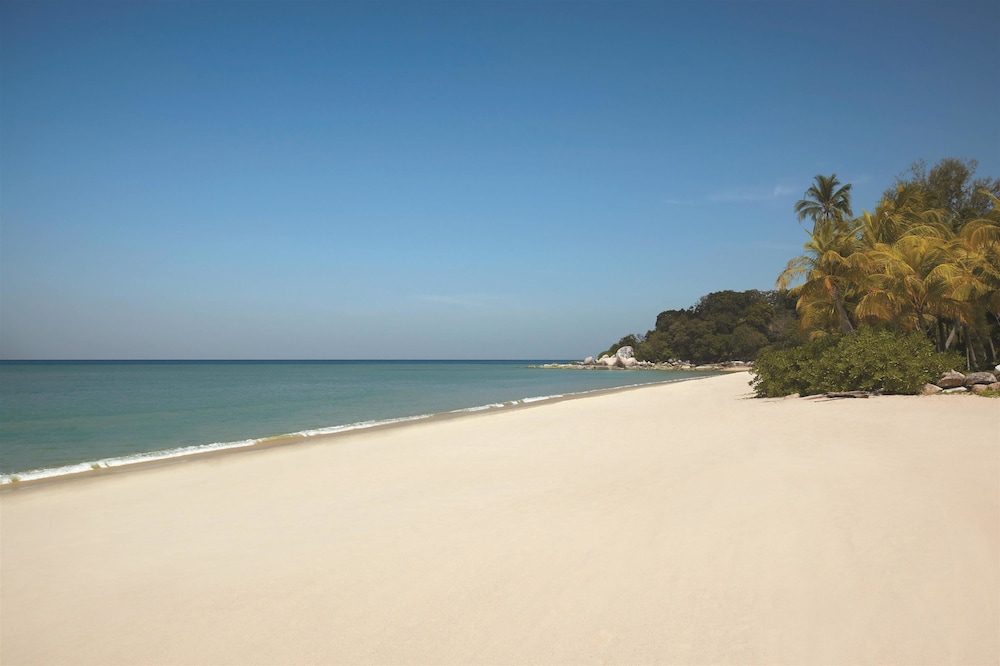 Beach, Golden Sands Resort by Shangri-La, Penang